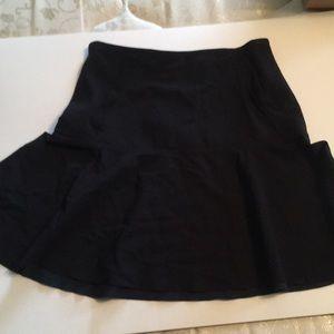 versatile lululemon lab skirt with pockets